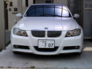 BMWといえばイカリングですが…