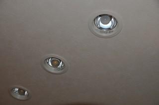 LED電球とミニクリプトン球の比較