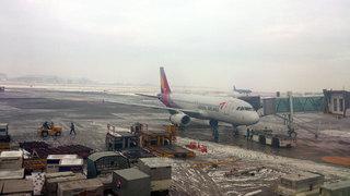 雪の釜山・金海空港